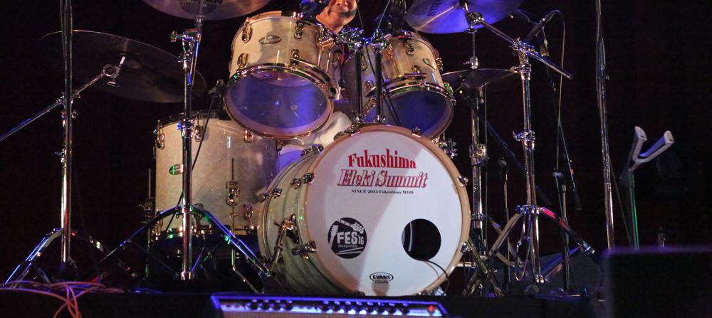 エレキサミットのドラム写真